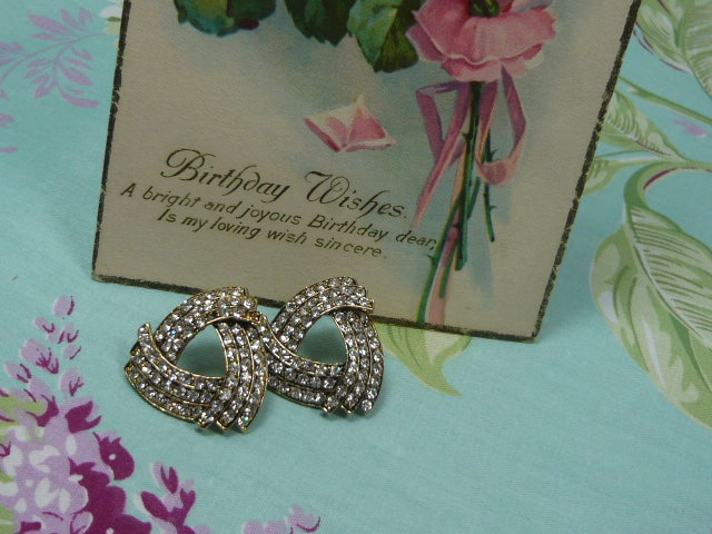 Z/SOLD  VINTAGE DIAMANTE EARINGS