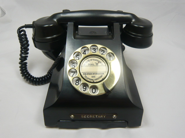 Z/SOLD  VINTAGE  BAKELITE TELEPHONE with rare SECRETARY badge