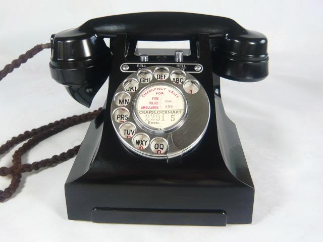 ZVERY RARE BAKELITE BELL ON/ BELL OFF VINTAGE TELEPHONE