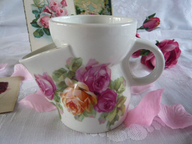 Z/SOLD - ADORABLE ROSES SHAVING MUG