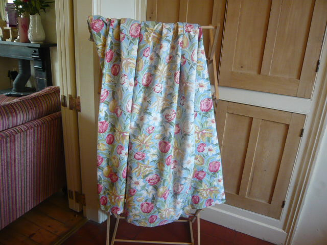 Z/SOLD - VINTAGE LAURA ASHLEY CURTAINS IN TULIP PRINT FABRIC