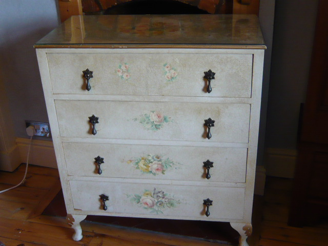 Z/SOLD - VINTAGE CHEST OF DRAWERS handpainted