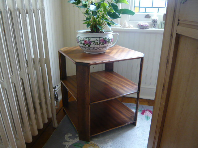 z/sold  ART DECO 3-TIER OCCASIONAL TABLE