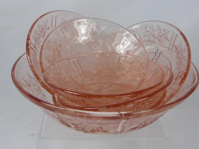 Z/SOLD  PINK GLASS VINTAGE FRUIT SET