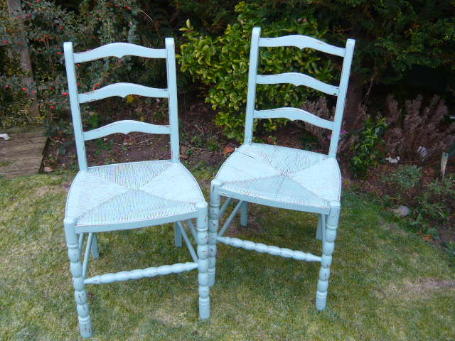 VINTAGE PAIR SHABBY CHIC PAINTED CHAIRS  SUGAR BAG LIGHT