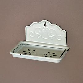Z/SOLD - A SHABBY CHIC CREAM SOAP DISH