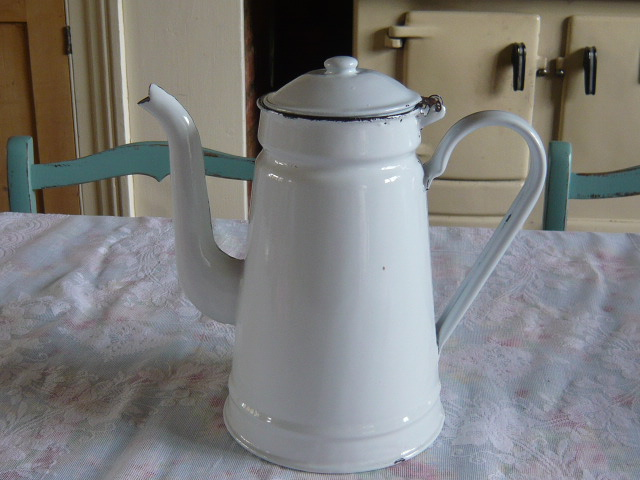 A VINTAGE FRENCH ENAMEL COFFEE POT