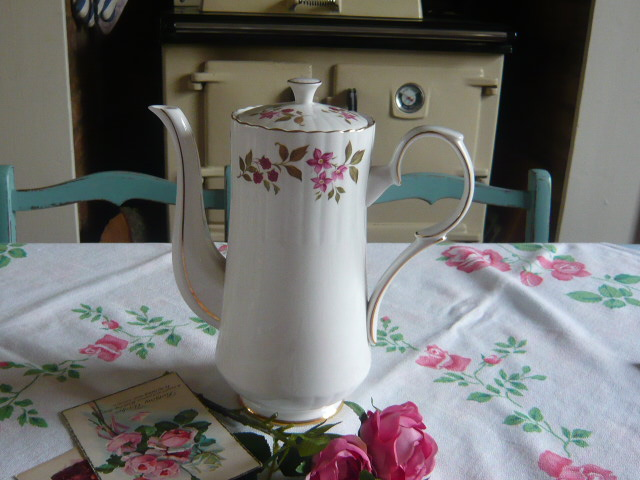 z/sold  ROYAL STAFFORD FRAGRANCE VINTAGE COFFEE POT