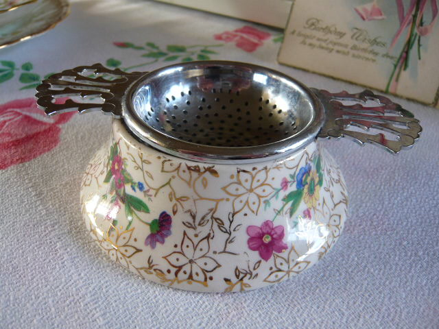 z/sold MIDWINTER TEA STRAINER