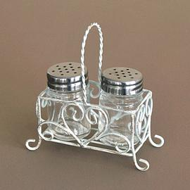 Z/SOLD - A SHABBY CHIC HEART SALT & PEPPER CRUET SET