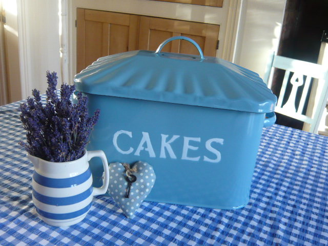 Z/SOLD  A BLUE ENAMEL CAKES TIN