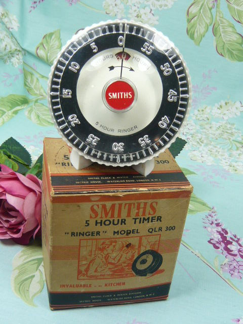 Z/SOLD  SMITHS VINTAGE KITCHEN TIMER IN ORIGINAL BOX