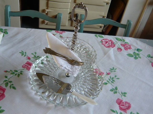 Z/SOLD  VINTAGE 2 TIER GLASS CAKE STAND