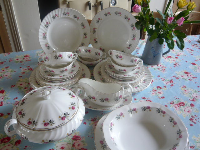 Z/SOLD - COMPLETE VINTAGE DINNER SERVICE FOR 6 BY ADDERLEY