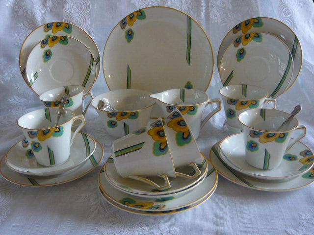 Z/SOLD - A STUNNING ART DECO TEASET BY PALISSY