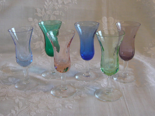 Z/SOLD -A SET OF HARLEQUIN VINTAGE LIQUOR GLASSES