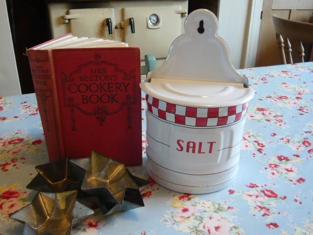 Z/SOLD - A VINTAGE ENAMEL RED & WHITE SALT POT