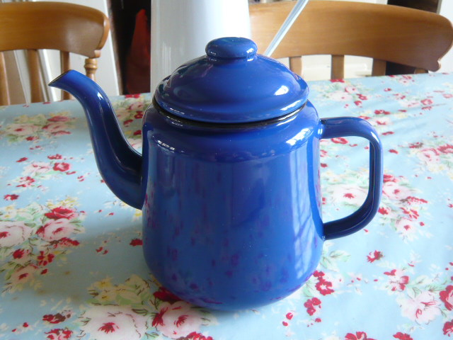 Z/SOLD - A VINTAGE BLUE ENAMEL TEA POT