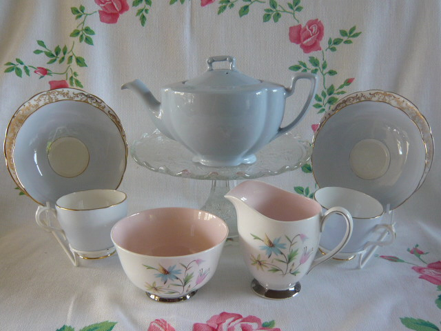 Z/SOLD - VINTAGE DUCK EGG BLUE TEA FOR TWO