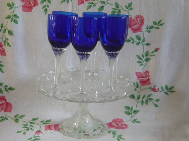 Z/SOLD - VINTAGE BLUE GLASS DRINKING GLASSES