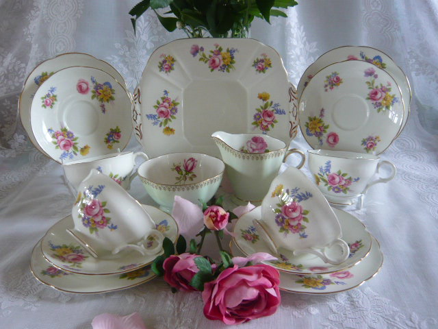Z/SOLD - VINTAGE MAYFAIR CHINA TEA SET