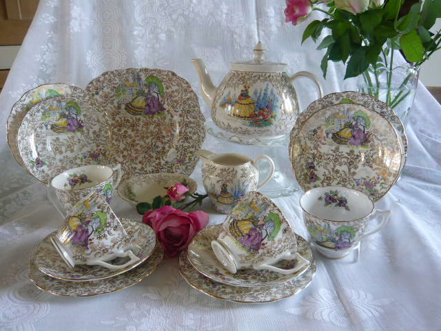 Z/SOLD VINTAGE CRINOLINE LAVENDER LADY TEA SET