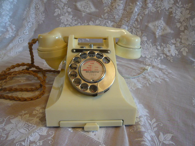 IVORY VINTAGE  BAKELITE TELEPHONE CALL EXCHANGE 1957