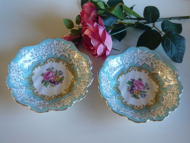 Z/SOLD ROYAL ALBERT VINTAGE FLORAL DISHES