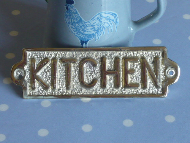 z/sold KITCHEN SIGN