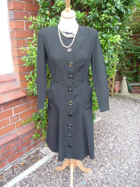 z/sold  VINTAGE LADIES 1940'S BLACK CREPE  DRESS