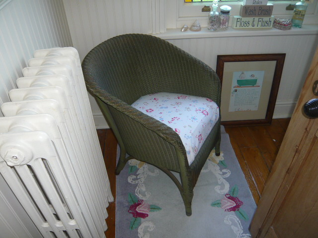 Z/SOLD  A BEAUTIFUL BEDROOM CHAIR BY LLOYD LOOM with Cath Kidston fabric seat