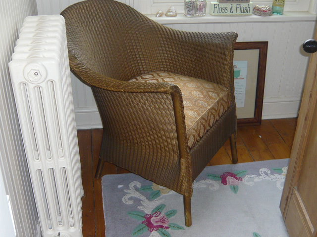 Z/SOLD  A BEAUTIFUL ARMCHAIR BY LUSTYS LLOYD LOOM