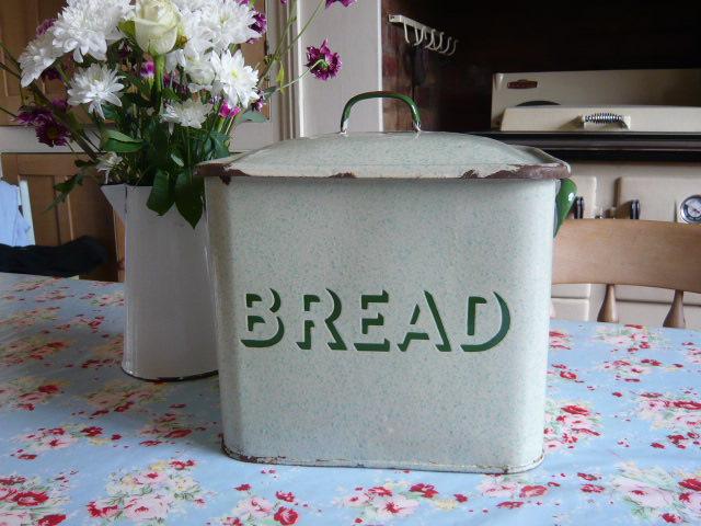 Z/SOLD - RARE GREEN ENAMEL VINTAGE BREAD BIN