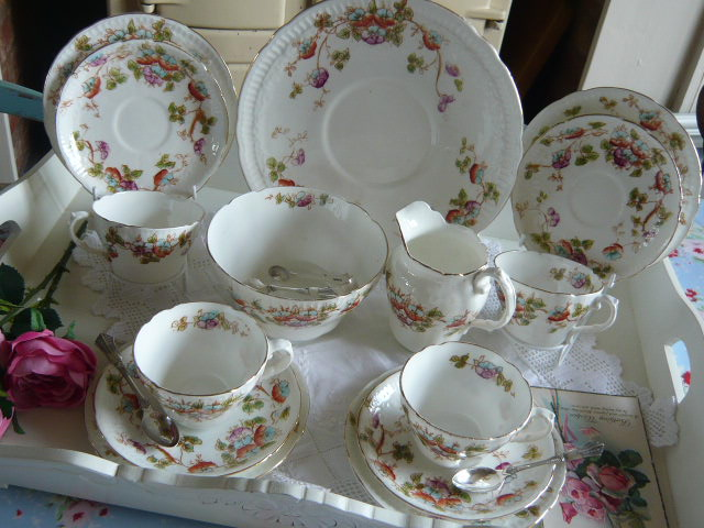 z/sold VINTAGE TEASET WITH HANDPAINTED FLOWERS