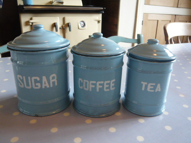 z/sold   BLUE ENAMEL TEA COFFEE SUGAR POTS