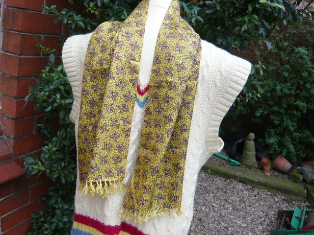 z/sold -GENTS VINTAGE SCARF BY SAMMY