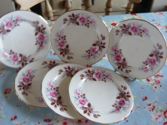 Z/SOLD -SET OF SIX VINTAGE ROSES TEAPLATES BY QUEEN ANNE BONE CHINA