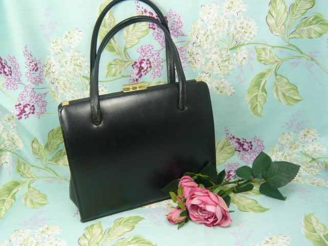 Z/ SOLD  BLACK KELLY LADIES HANDBAG by Ackers of London
